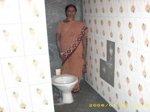 phoca thumb l toilet loan 4